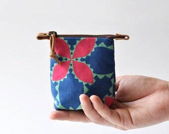 Small Pouch, Petite Zipper Pouch, Coin Purse, Mini Purse ~ Foliole