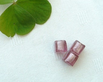 Set of 2 beads CUBE glass with inlaid silver foil plum 10mm