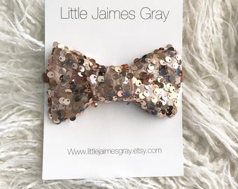 Gold sequin headband, bows, nylon band, hair clip