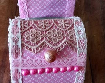 boxes romantic pink lace