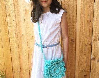 Flower purse, girl crochet purse,girl flower purse,crochet crossbody bag,crochet bag,crochet purse,floral purse,knit flower purse,