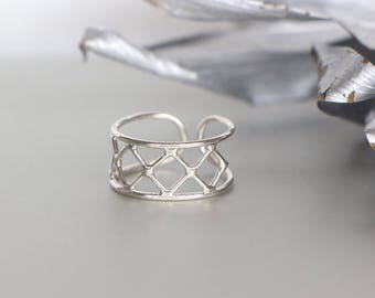 Silver Crisscross Toe Ring, Sterling Silver Toe Ring, Silver WireToe Ring, Boho Jewelry, Delicate Toe Ring, Gifts For Her (TS98)