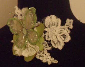 Wedding lace ivory and Butterfly Necklace