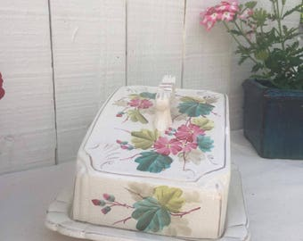 Vintage Cheese dome/cover/dish ceramic pottery serving dish