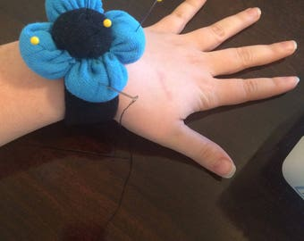 Wrist Sewing Pin Cushion