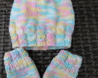 Hand Knitted Hat and Mittens for 0-3 Months