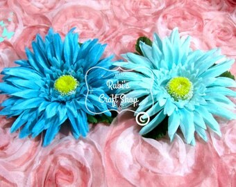 Turquosie or Aqua Gerber Daisy Headband-Teal Headband -Baby Headband-Hair Accessorie - Baby Shower- Birthday Gift - Party Favor -