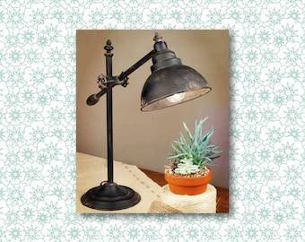 Adjustable Swing-Arm Task Lamp // Vintage // Industrial // Vintage Farmhouse // Vintage Lamp // Table Lamp