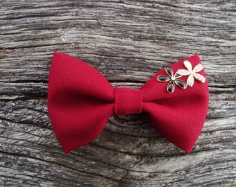 Bow tie brooch Burgundy with flower detail