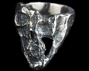 TERMINATOR - Silver Skull Ring