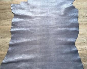 Blue calfskin lamé 50cm X 55 cm