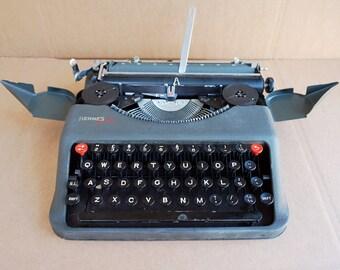Hermes Baby Typewriter, 1930s working typewriter, Hermes Typewriter, manual typewriter, Vintage Typewriter, portable typewriter