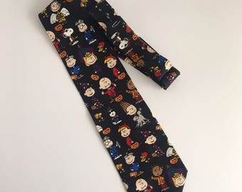 Vintage Charlie Brown Halloween Themed Necktie // Retro Peanuts Print Necktie // Throwback Work Ties // Upcycled Clothing