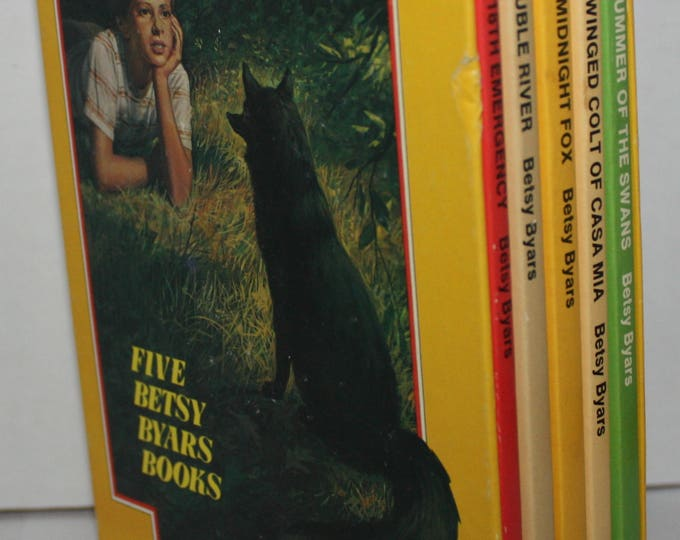 Five Betsy Byars Books Set Avon Camelot Books 1974