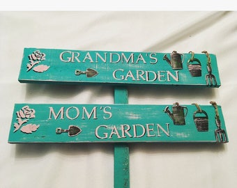 Mom's / Grandma's / Nonna's Garden sign great for the upcoming season .