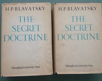 SECRET DOCTRINE by H.P. BLAVATSKY Theosophical University Press 1963 Synthesis Science, Religion & Philosophy / Occult Theosophy hardcover