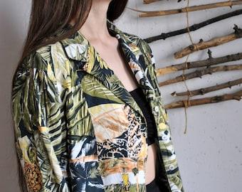 Jungle print shirt 1990s 1980s vintage green womens nature hawaii womens print blouse