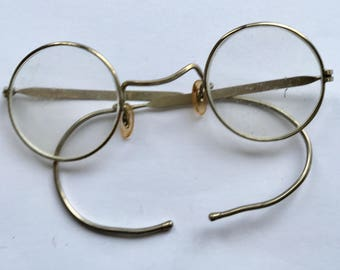Early 20th century spectacles