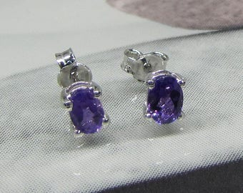 Earrings studs in silver rhodium plated and Amethyst ovals, woman earrings