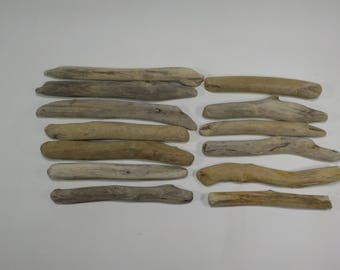 13 Small Driftwood Sticks 5.9-7.7''/15-19.5cm,Aged Small Driftwood , Wood Supply, Driftwood Wreath,Decorative Small Driftwood Pieces #46S