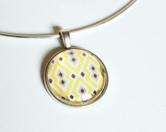 Silver Choker necklace and pendant cabochon graphic yellow and black