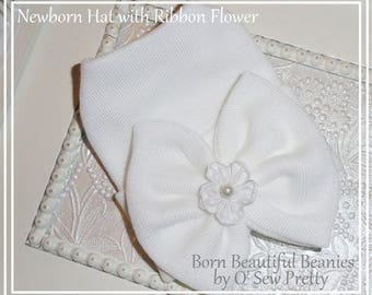 White Newborn hospital hat, Infant hospital hat, Newborn hat with bow, baby girl hospital hat, infant beanie, newborn hospital beanie