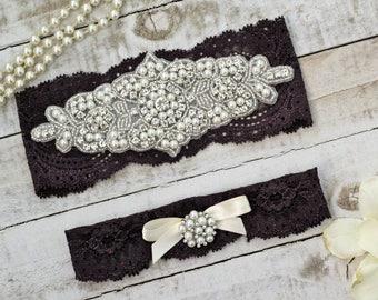 Plum Bridal Garters, purple wedding garters, Set NO SLIP grip vintage rhinestones pearl lace rhinestone, purple garter