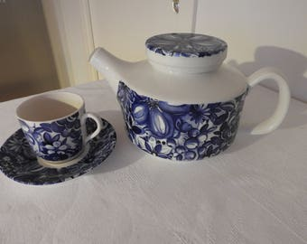 Vintage! Gefle /Sweden Blå Blomster(Blue flowers) Teapot and coffee  cup, saucer/Designed by Berit Ternell/1970-75