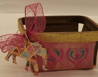 "Wood Berry Gift Baskets ""PINK ELEPHANTS"" - part of the RANKO (""Little Orchid"") collection"
