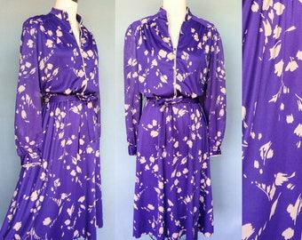 winery / 1970s purple print dress with mandarin collar / large