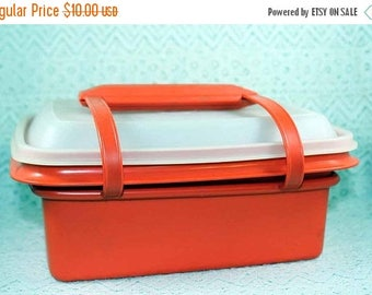 on sale vintage tupperware lunch tote with carry handle red tupperware lunch tote tupperware