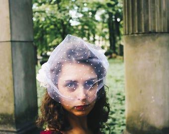 Bridal hair ornament