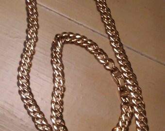 Vintage Necklace and Bracelet Set!