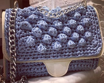 Evening bag with lining
