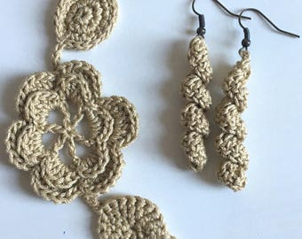 Crechet beige bracelet and earrings