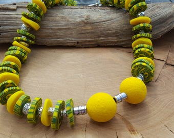 Chain necklace yellow green