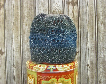 The Hat You Wear With Lot's of Hair.  Dark Blue fade Criss-Cross Messy Bun Women's Winter Hat (C7)