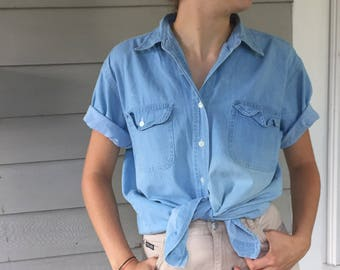Vintage 90s Light Wash Denim Chambray Pocket Shirt | L