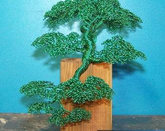 Kengai Style Bonsai Tree Wire Sculpture (Green)