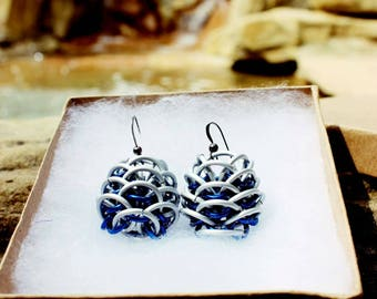 Dragonscale Earrings - Frost and Blue