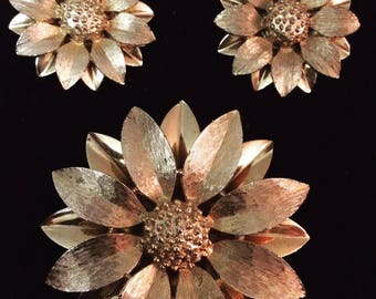 Vintage Sarah Coventry Large Brooch and Clip Earrings Set