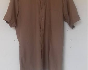 Men's brown short sleeved shirt  M/L