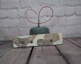 "Yarn skeins natural Circular Needle Holder,  6-8"" DPN Holder for Knitting, Circular Needle Holder, DPN needle holder, Circular holder"