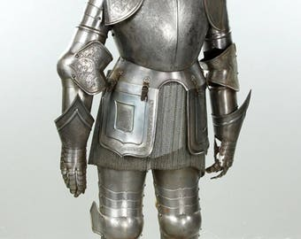 16th Century Style Life Size Museum Quality Italian Suit of Armor