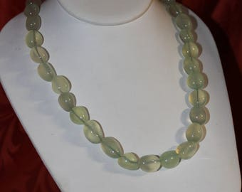 Hand Made Very Elegant Green Chalcedony Necklace