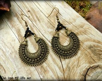 Macrame earrings/Gypsy earrings/Boho chic jewelry/Long earrings/Micromacrame/Bronze/Vintage style/Thetreeoflifeart