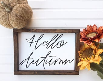 Hello Autumn Sign // Hello Fall Sign // Hello Fall Wood Sign // Wood Sign // Fall Decor // Autumn Decor // Farmhouse Decor// Wood Sign