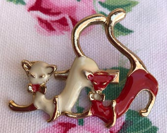 Vintage Red and White Siamese Cat Pin