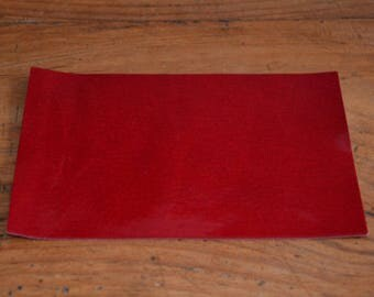 Coupon of leather Sheepskin crimson red (8995139)