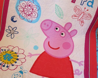 Peppa Pig quilt, girl gift, Peppa Pig blanket, wall hanging, toddler bedding, reversible quilt, lap quilt, handmade, quilted, baby bedding